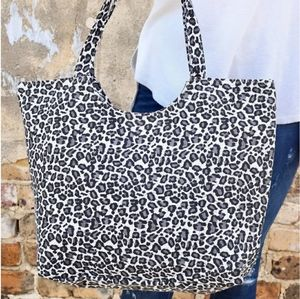 🔥 Last One! Gray Leopard Tote